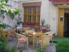 Ceainarii de vara in Bucuresti