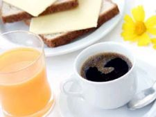 Tipuri de mic dejun din vacantele noastre, in functie de tara