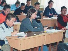 433743 0810 copii elevi