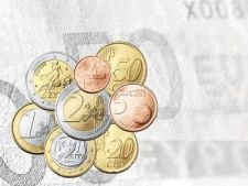 440546 0810 euro monede fundal bancnota