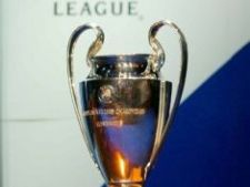 440411 0810 ChampionsLeagueTrophy