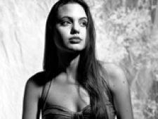 Angelina Jolie la 15 ani
