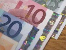 455905 0810 euro bancnote 10 20 dobanzi