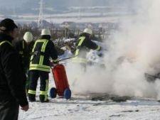 535391 0812 pompieri in flacari