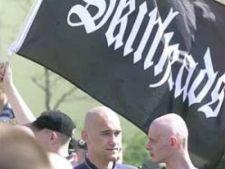 476616 0811 skinheads