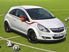 Opel-Corsa-Football