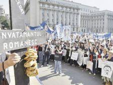 Amanarea cresterii salariilor profesorilor da startul grevelor bugetarilor