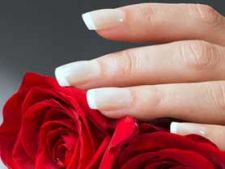 10 pasi simpli pentru unghii perfecte