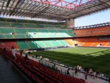 stadion fotbal
