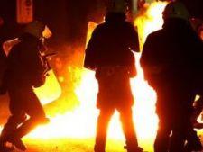 527854 0812 violente in grecia