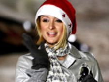 Paris Hilton Craciunita