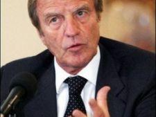 498019 0811 Bernard Kouchner