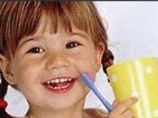 Copil dinti