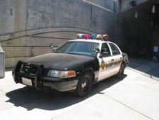 590126 0901 cars police USA