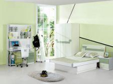 camera adolescentului