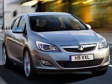 Opel-Astra-Cabrio-2010