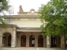 Ce vizitam azi: Palatul Bragadiru