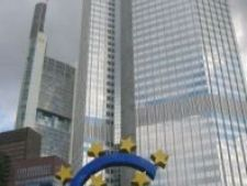 436180 0810 Frankfurt  European Central Bank with Euro