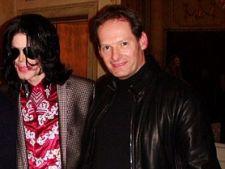 Saptamana internationala: Un nou tata pentru copiii lui Michael Jackson