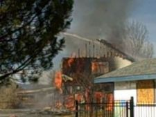 472764 0811 incendiu casa