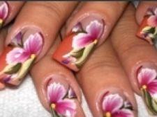 unghii flori
