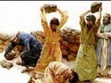 Doi bărbaţi şi o femeie lapidaţi şi ucişi cu pietre, pentru adulter