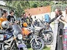 Nunta pe motociclete