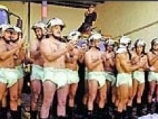 protest pompieri